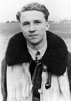 ■ Last portrait ofLeutnant Horst Hannig taken after his 91 aerial victories in spring 1943.On 15 May 1943 he was forced to bail out of his aircraft after a dogfight with RAF Spitfires near Caen and was killed when his parachute failed to open. On 3 January 1944,Horst Hannigwas awarded the Oak Leaves to theKnight's Cross posthumously. He is credited with 98 aerial victories.