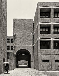 Indian Institute of Management, Ahmedabad, Gujarat, India, built: 1962–1974  Louis Kahn with Balkrishna Vithaldas Doshi, Anant Raje  (c)Cemal Emden