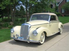 1952 Mercedes Benz 220 Cabriolet-A Mercedes 220, Mercedes Benz Germany, Mercedes Maybach, Daimler Benz, Classic Mercedes, Cabriolet, Bus, Sweet Cars, Classic Cars