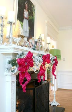 The most beautiful holiday mantel with a pop of pink | Living Room