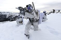 militaryarmament: United States Navy Promotional shots of Navy SEALs during arctic mountain warfare. Military Gear, Military Police, Military Weapons, Military Soldier, Future Soldier, Military Figures, Military Humor, Military Equipment, Usmc