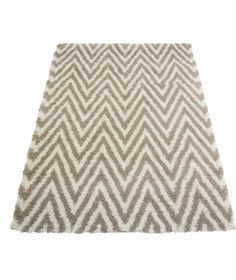 Buy Chevron Shaggy Natural Rug - 160 x 230cm at Argos.co.uk - Your Online Shop for Rugs and mats.