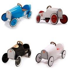 Baghera voitures à pédales, porteurs et jouets en bois - Baghera
