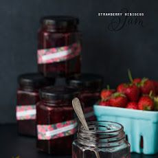 Strawberry Hibiscus Jam  for my tea flavored macarons