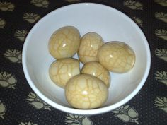 Half a dozen homemade tea eggs!     Tea eggs ( 茶葉蛋 ) are a popular Chinese snack.