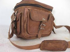 http://www.etsy.com/nl/listing/169881303/camera-bag-leather-camera-case-padded?ref=cat_gallery_2