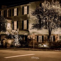 17Hundred90 is one of our favorite haunts. #VisitSavannah