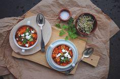 Spicy quinoagryte m. tomat & grønnsaker