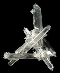 An incredibly sculptural elegant floater cluster slender transparent