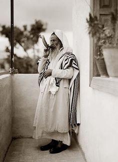 Jew blowing Shofar