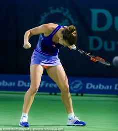 Full upper body fist pump by Simona Halep #Dubai