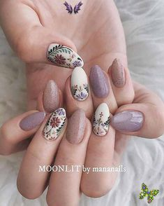 nailart 59 Unique boho nail art ideas worth giving a try - Nails    #Art #boho #giving #Ideas #Nail #Nails #unique #Worth<br> Almond Nails French, Almond Nail Art, Cute Almond Nails, Short Almond Nails, Cute Nails, Pretty Nails, My Nails, Hippie Nails, Hippie Nail Art
