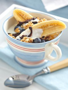 This take on breakfast parfaits is so yummy, you might forget just how early it is. #yogurt #healthybreakfast