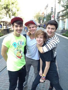 Hollywood Ending! Tyler Wilson, Chris Bourne, Dan Geraghty, and Cameron Byrd - I meet them after one of their shows, they are seriously some of the nicest, sweetest guys ever!! Can't wait to see them again :)