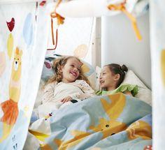 Kinderzimmer: Bettwäsche und Spielvorhang Forest