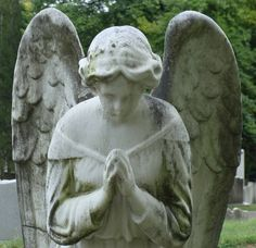 angel in historic Oak Hill Cemetery in Washington, D.C. -- from MagpiesNestOakHill#13