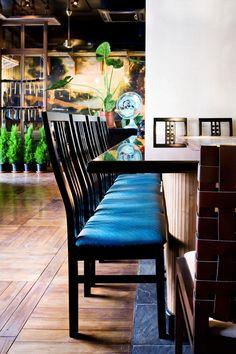 KOBE – japanese restaurant by Denis Belenko Cafe Bar, Japan Fashion, Design Projects, Design Ideas, Restaurant Bar, Kobe, Architecture Design, Dining Chairs, Japanese
