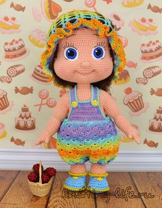 These dolls are so cute. This will take you to her blog no instructions, but she does have a link where you can purchase the pattern.