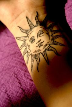 30 Charming Sun Tattoo Designs