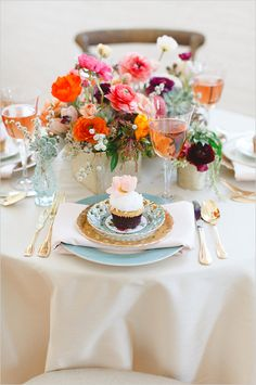 Bright and fun table decor and place setting. Event Design: Blush & Whim ---> http://www.weddingchicks.com/2014/05/28/wedding-chicks-happy-hour-6/