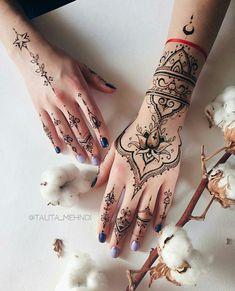 Cute Henna Designs, Henna Tattoo Designs Simple, Mehndi Art Designs, Beautiful Henna Designs, Henna Tattoo Hand, Henna Art, Hand Tattoos, Body Art Tattoos, Finger Henna