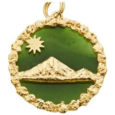 Preowned Jade Gold Mountain Scene Charm ($275) ❤ liked on Polyvore featuring jewelry, pendants, charm bracelets, green, charm pendant, preowned jewelry, gold charms, pre owned jewelry and jade jewelry