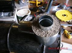 Rocket wood stove (wood burning stoves forum at permies) Build A Rocket, Rocket Mass Heater, Rain Barrel, Rocket Stoves, House On Wheels, Wood Burning, Kitchen Appliances, Oven, Pizza