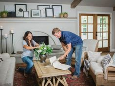 From roses and daffodils to sunflowers and succulents, check out this definitive guide of all the florals you'll find inside a Fixer Upper.