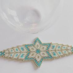 #bracelet #tissageperles #jenfiledesperlesetjassume #miyukibeads #miyuki #cestmoiquilaifait #jenfiledesperlesetjaimeca #perlesaddict