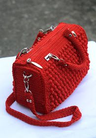 ergahandmade: Crochet Bag + Diagram + Step By Step Tutorials Crochet Hook Case, Free Crochet Bag, Crochet Purses, Crotchet Bags, Knitted Bags, My Bags, Purses And Bags, Crochet Doll Tutorial, Modern Crochet Patterns