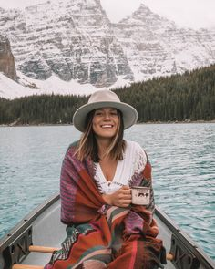 Kayaking lake trip - Camping In The Wilderness - Ft Tumblr, Kayak Camping, Outdoor Camping, Camping Hacks, Granola Girl, Last Minute Travel, Camping Outfits, Poses, How To Pose