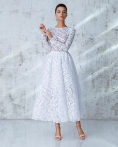 Romantic Fall Outfits For Style Women Fashion, Whatever you decide to purchase or pack, don't forget that style includes confidence, and confidence includes comfort. With the addition of a couple o. Modest Dresses, Trendy Dresses, Cute Dresses, Beautiful Dresses, Short Dresses, Prom Dresses, Modest Wear, Midi Dresses, Wedding Dresses