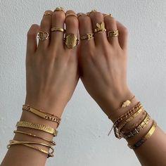 Dainty Jewelry, Trendy Jewelry, Cute Jewelry, Jewelery, Silver Jewelry, Jewelry Accessories, Fashion Accessories, Jewelry Necklaces, Silver Earrings