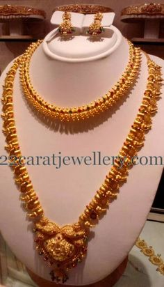 Jewellery Designs: Plain Mango Set and Gold Necklace