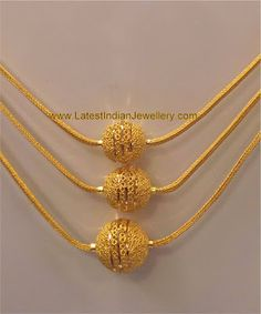 bridal jewelry for the radiant bride Gold Chain Design, Gold Ring Designs, Gold Bangles Design, Gold Jewellery Design, Diamond Jewellery, Gold Mangalsutra Designs, Gold Jewelry Simple, Gold Set, Indian Jewelry