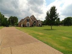 This home in Eads had it all! We sold this one in typical The Memphis Is Home Team fashion, in record time!
