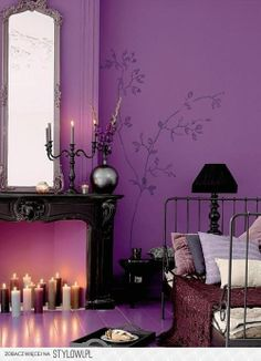 Give Your Bedroom A Romantic Makeover. Lila WändeLila ...