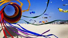 Kite festival at Rann of Kutch Best Places To Travel, Cool Places To Visit, Rann Of Kutch, Weather In India, Backpacking India, India Culture, Visit India, India Tour, Tourist Places