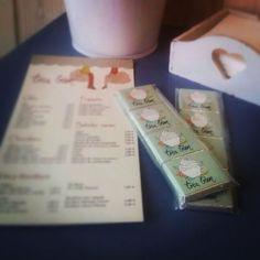 Chokolatinas individuales personalizadas para Tresbien, las ponen con tu café!!!