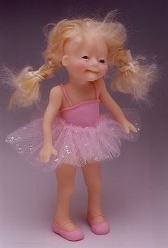 COLLECTIBLE FAIRY DOLLS, Elizabeth Coope