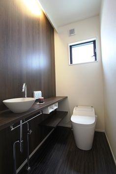シンプル Japanese Architecture, Washroom, Powder Room, Small Bathroom, Small Spaces, Home Furniture, Minimalist, Layout, House Design