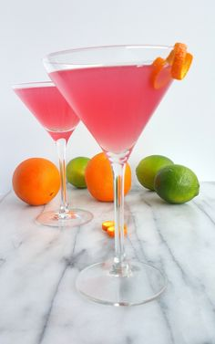 Why would you want to drink anything other than the World's Best Cosmopolitan Cocktail? The only thing girly about this cosmo drink is its color. Cocktail Maker, Cocktail Drinks, Fun Drinks, Cosmo Cocktail, Alcoholic Beverages, Party Drinks, Yummy Drinks, Coctails Recipes, Martini Recipes