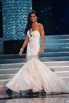 miss usa Miss Usa, Formal Dresses, Wedding Dresses, Mermaid Wedding, Pageant, One Shoulder Wedding Dress, Fashion, Guys, Dresses For Formal