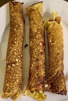 Da var det en av min barndoms favoritter som står for tur, nemlig pannekaken. Dette er en enkel og grei oppskift som går fort og lage og du trenger ikke alt mulig. Men håper du er bedre enn meg og steke pannekaker. Dette trenger du: 125g Kremost 3 Egg 1/2ts Vaniljeekstrakt Lchf, Keto, Mediterranean Recipes, Granola, Nutella, Nom Nom, Food And Drink, Low Carb, Muffins