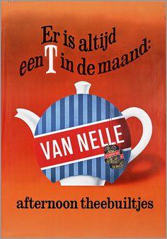 Er is altijd een T in de maand: Van Nelle afternoon theebuiltjes.