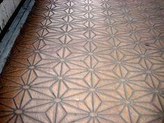 star pattern wooden carved floor.