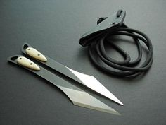 Set of Two Throwing Knives