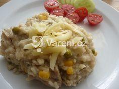 Krémové rizoto s kuřecím masem je kompromisem mezi italskou a českou verzí rizota. Vareni.cz - recepty, tipy a články o vaření. Risotto, Grains, Ethnic Recipes, Food, Meals, Yemek, Eten