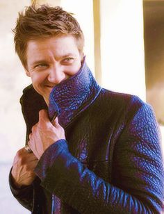 Jeremy Renner. I love how you guys love him as much as I do. Repin away, please!