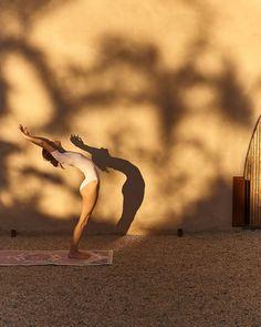 Yoga Pictures, Yoga Photos, Yoga Flow, Yoga Meditation, Photo Yoga, Namaste, Yoga Training, Yoga Posen, Shooting Photo